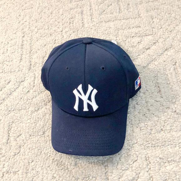 OC Sports Other - NY Team MLB Flex Fit S/M Baseball Hat  Licensed